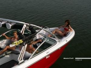 Alamo Lake Boating